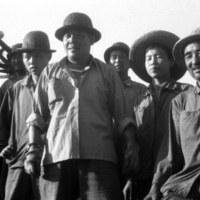 sculptors worked in Tibet 1976 (8).JPG